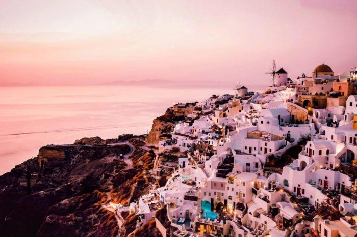Background_image _Santorini_houses